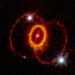 Вспышка сверхновой SN 1987A...